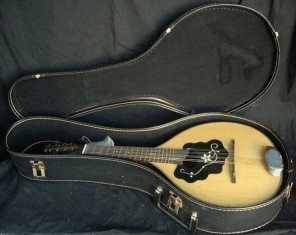 Strunal Bowl Back Mandolin, with case